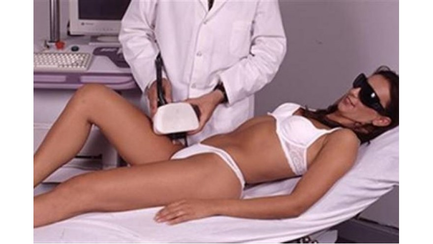 Genital hair removal, a trend that is growing despite the risks