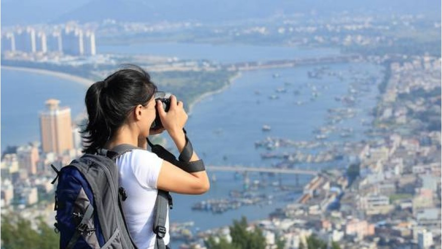 7 ways for traveling without spending much money